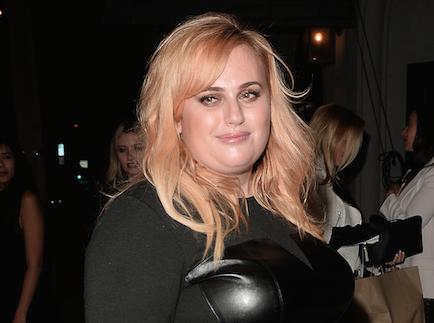 Rebel Wilson : après les critiques, va-t-elle interpréter Adele au cinéma ? Elle répond !