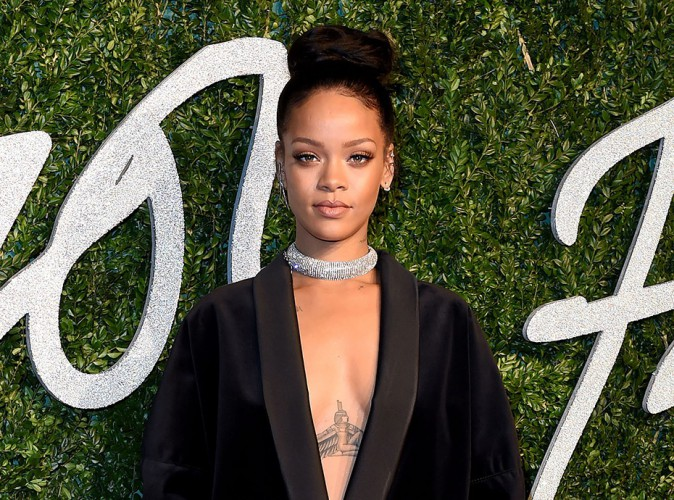 """Rihanna : comment a-t-elle souhaité """"Bon anniversaire"""" à Jay-Z ?"""