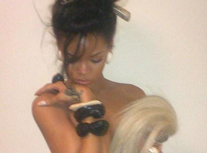 Rihanna : elle s'affiche topless sur Twitter !