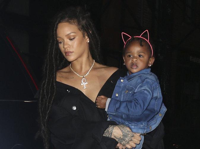 Rihanna : Heureuse en amour, elle clashe ses exs  et fanfaronne !