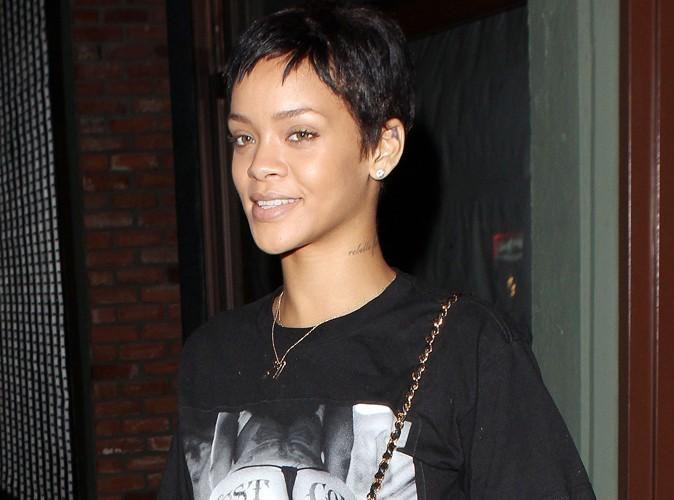 """Rihanna : """"J'attends qu'un mec ait assez de c*******  pour sortir avec moi !"""""""