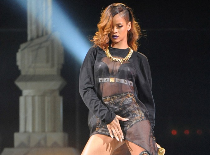 Rihanna : malade, elle annule une nouvelle date de son Diamonds World Tour !