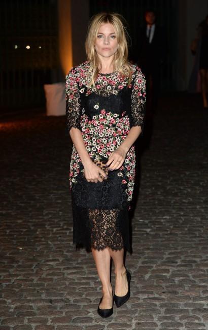 Les réchauffées : Sienna Miller à Londres !
