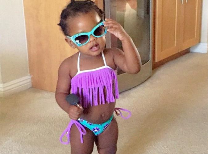 Rihanna : sa ni�ce a bien grandi, Majesty prend la pose en bikini !
