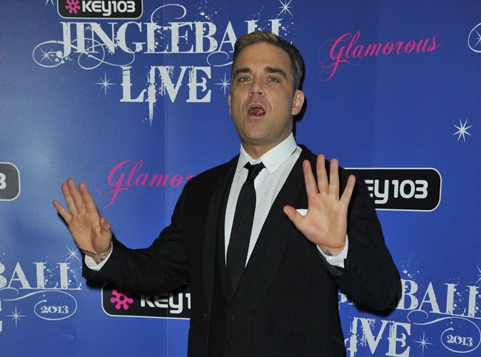 Robbie Williams : le chanteur veut se mettre à la chirurgie esthétique !