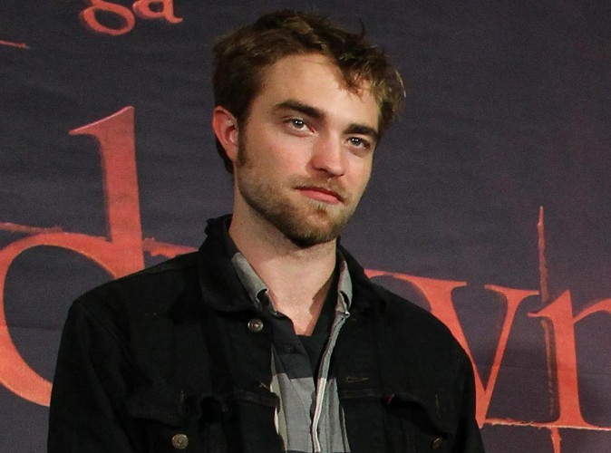 """Robert Pattinson : """"Kristen et moi sommes techniquement mariés !"""""""