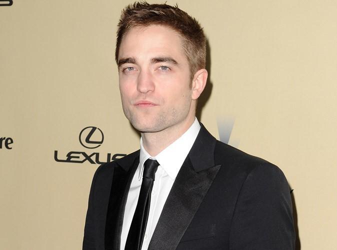 Robert Pattinson : les photos de ses débuts de mannequin à 15 ans et en caleçon !