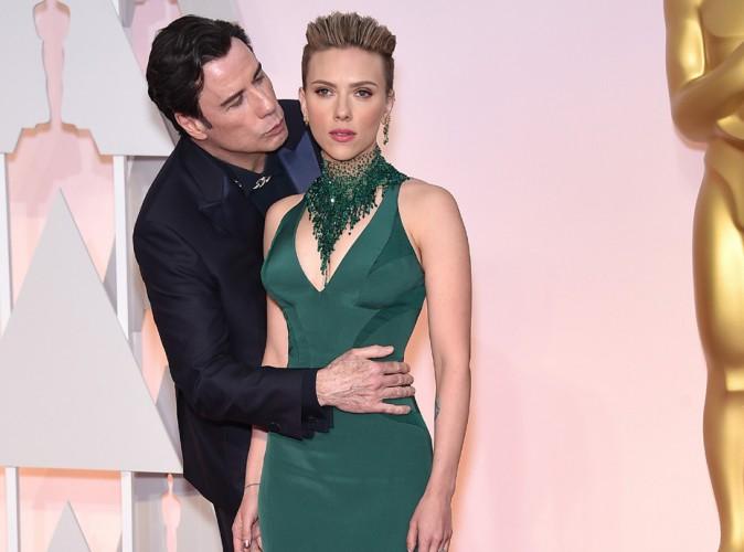 Scarlett Johansson : ce qu'elle pense du bisou de John Travolta aux Oscars...