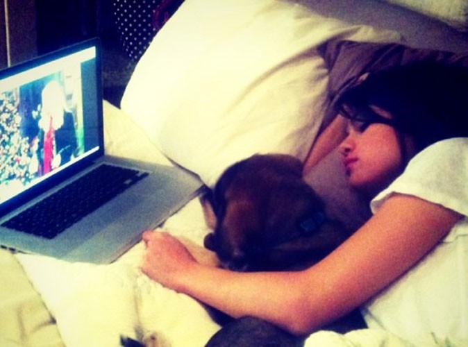 Selena Gomez : malade, elle trouve du réconfort auprès de son nouveau chien !