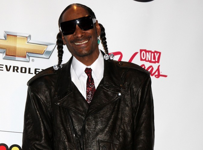 Snoop Dogg : désespéré, il demande à ses fans un adaptateur pour sa XBox !