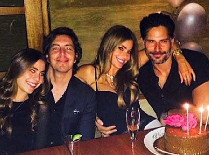 Sofia Vergara : tout sourire aux côtés de Joe Manganiello pour souffler ses bougies !