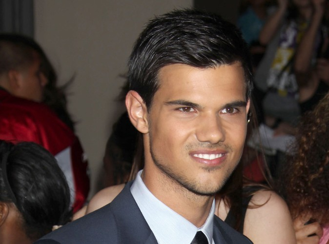 Taylor Lautner : il pleure en regardant le nouveau Twilight !