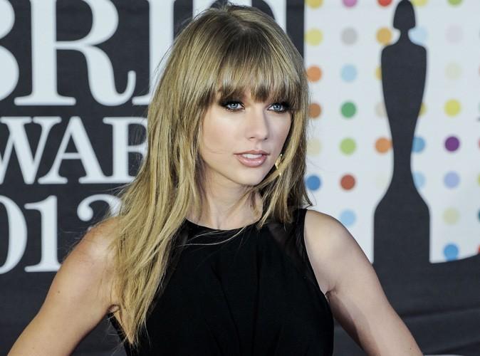 Taylor Swift : elle a gagné plus d'argent que Brad Pitt et Anne Hathaway réunis !