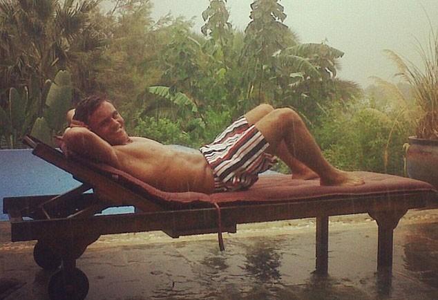 Tom Daley : des vacances bien méritées, mais pluvieuses !