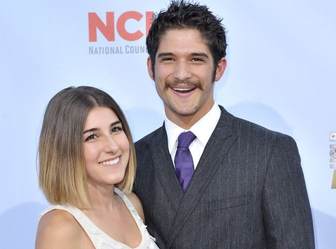 Tyler Posey : le beau gosse de la série Teen Wolf a demandé sa chérie en mariage !
