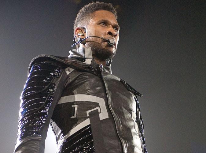 Usher : la braguette ouverte en plein concert !