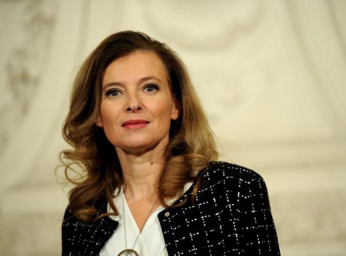Valérie Trierweiler aurait subi des pressions de la part de François Hollande pour faire annuler son voyage en Inde !