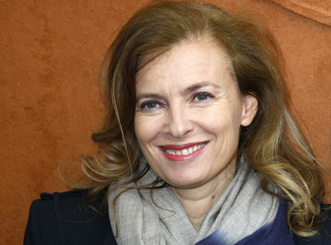 """Valérie Trierweiler : """"Elle ne retravaillera pas sur D8"""" et pourrait empocher 600 000 euros avec son livre choc !"""