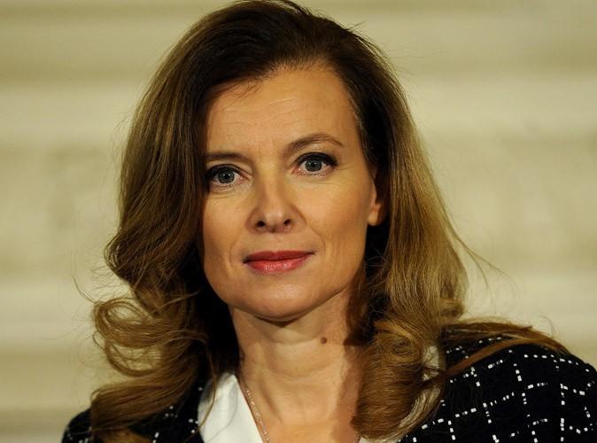 """Valérie Trierweiler : Le cri d'amour de son fils Léonard : """"Je veux qu'on laisse ma mère tranquille"""" !"""