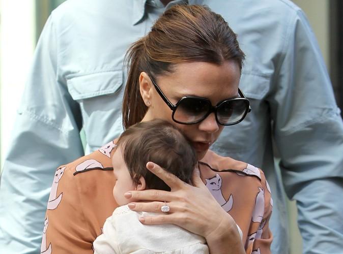 Victoria Beckham : premier voyage au Royaume-Uni pour sa fille Harper !