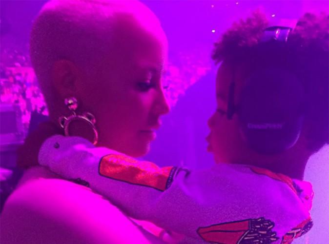 Vidéo : Amber Rose : son fiston fait le show au concert de Wiz Khalifa !