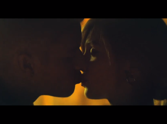 """Vidéo : Justin Bieber : il dévoile (enfin) le clip de """"Confident"""" en intégralité !"""