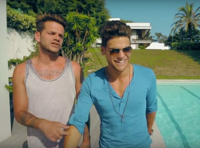Vidéo : Keen V et Rayane Bensetti vous donnent rendez-vous à la piscine dans leur clip !