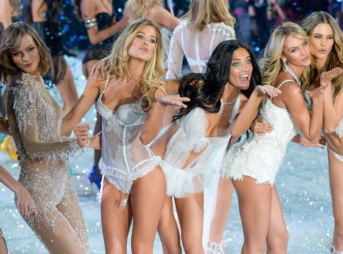 "Vidéo : Victoria's Secret : les Anges se déchaînent sur le tube de Taylor Swift ""I Knew You Were Trouble"" !"