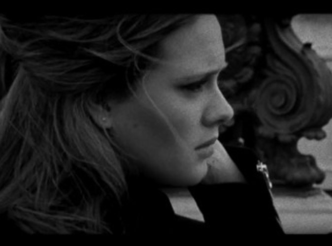 """Vidéo : Adele : simplement poignante dans le clip de """"Someone Like You"""" !"""