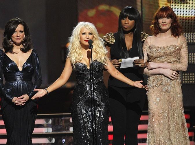 Vidéo : Grammy Awards 2011 : la jolie gamelle de Christina Aguilera !