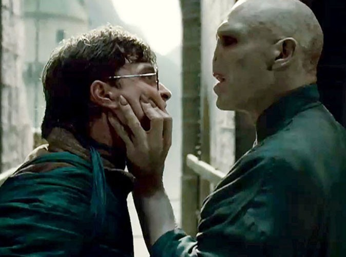 Vidéo : Harry Potter affronte Voldemort ! Attention les yeux !