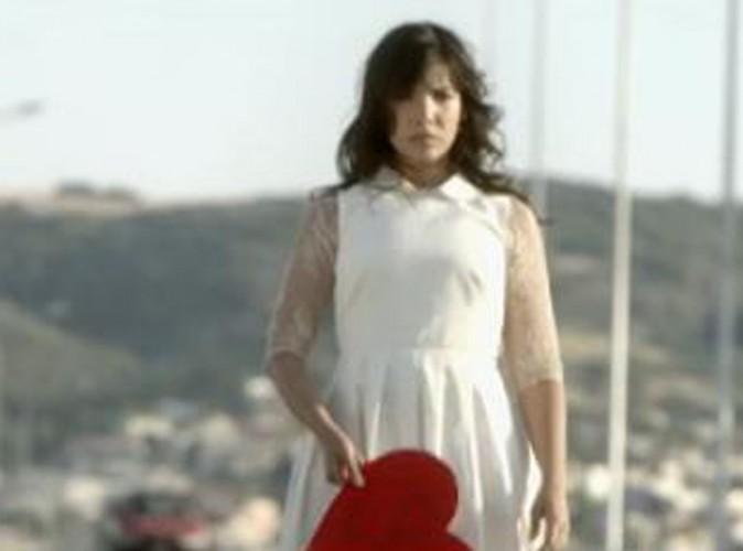 """Vidéo : Indila : elle dévoile le clip de """"S.O.S"""" !"""