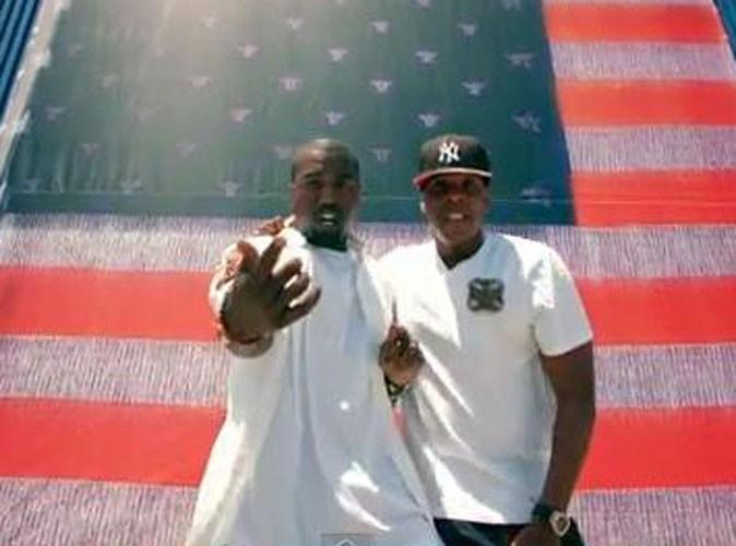 vid o jay z et kanye west les deux rois du hip hop d voilent le clip d 39 otis. Black Bedroom Furniture Sets. Home Design Ideas