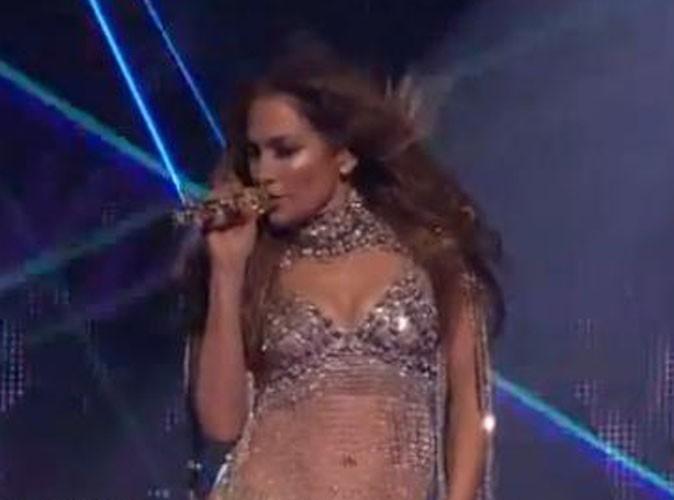 Vidéo : Jennifer Lopez brise la glace sur le plateau d'American Idol !