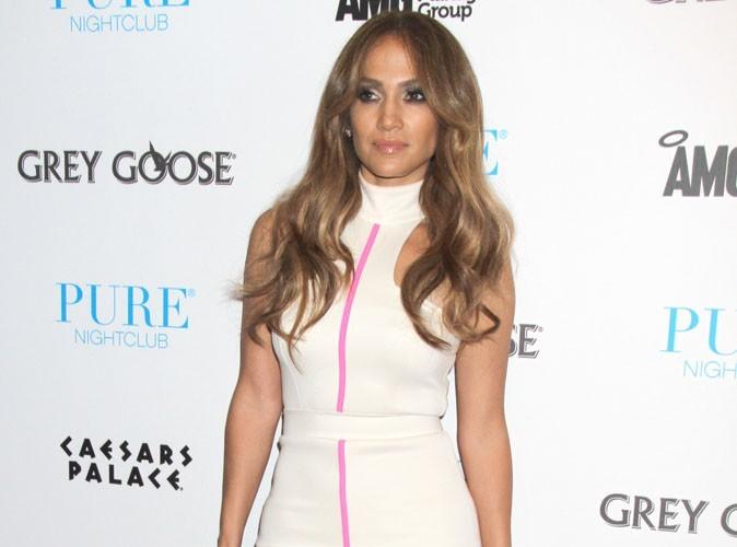 Vidéo : Jennifer Lopez : regardez-la se trémousser lors du iHeartRadio Festival... Une vraie bomba !
