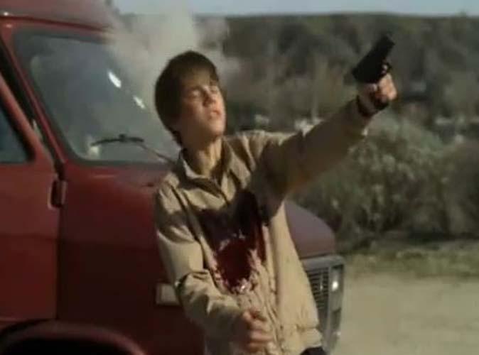 Video : Justin Bieber : il se fait tirer une balle dans le cœur ! (spoiler)