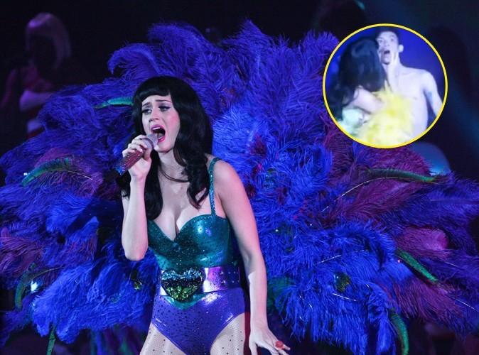 Vidéo : Katy Perry : elle reprend ses bonnes habitudes de tournée !