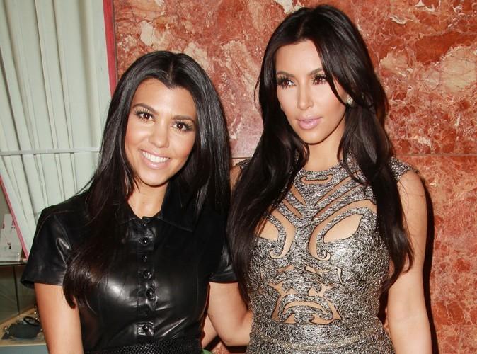 Vidéo : Kim et Kourtney Kardashian : elles sont accros aux caméras depuis leur enfance !