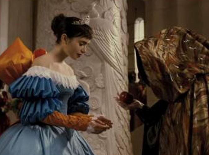 Vidéo : la bande-annonce de Mirror, Mirror avec Lily Collins et Julia Roberts !