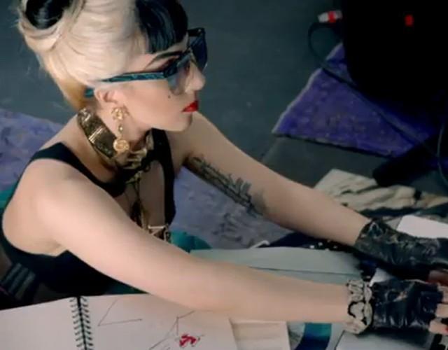 Vidéo : Lady Gaga arrive à émouvoir même quand elle fait la promotion d'un navigateur !