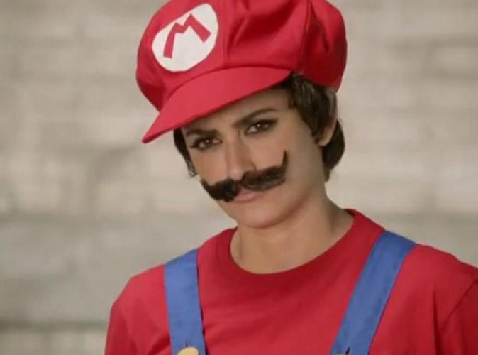 Vidéo : mais qui se cache derrière la moustache de Mario ?