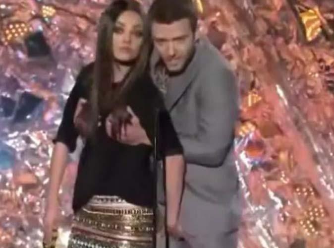 Vidéo : MTV Movie Awards : Justin Timberlake empoigne les seins de Mila Kunis !