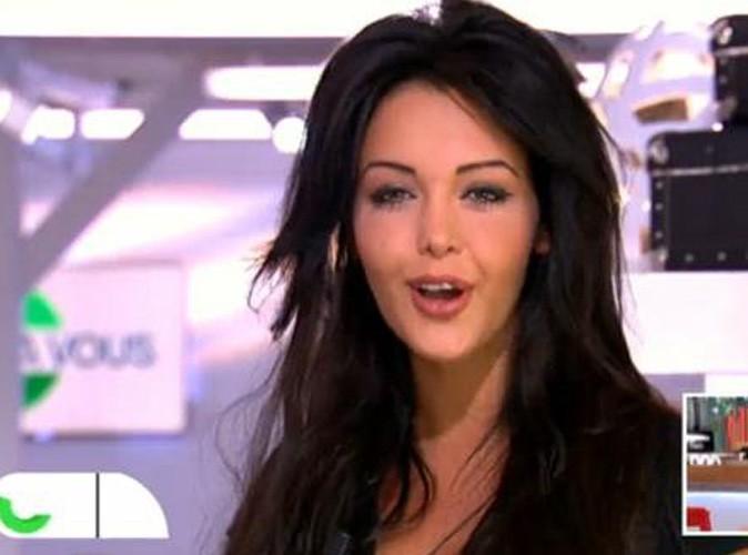 """Vidéo : Nabilla : aux commandes de l'émission """"C à vous"""" en 2023 !"""