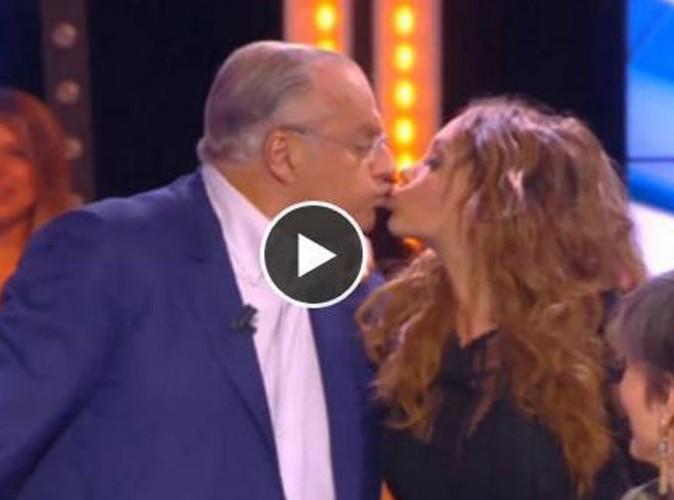 Vidéo : Nabilla : elle colle un joli smack sur la bouche de Gérard Louvin dans TPMP !
