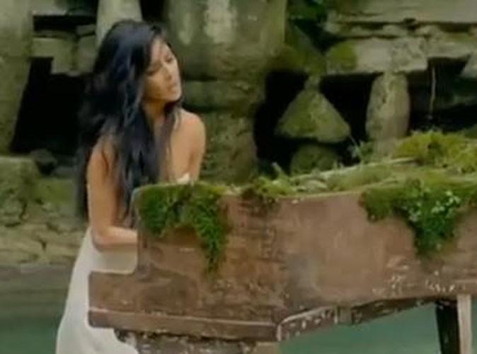 Vidéo : Nicole Scherzinger : belle des bois dans son nouveau clip !
