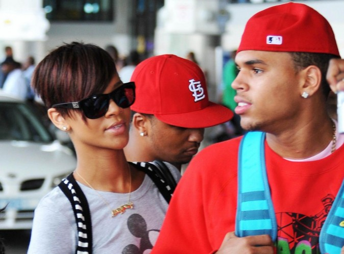 Vidéo : Rihanna et Chris Brown : la photo du bisou... Mais quand vont-ils officialiser ?