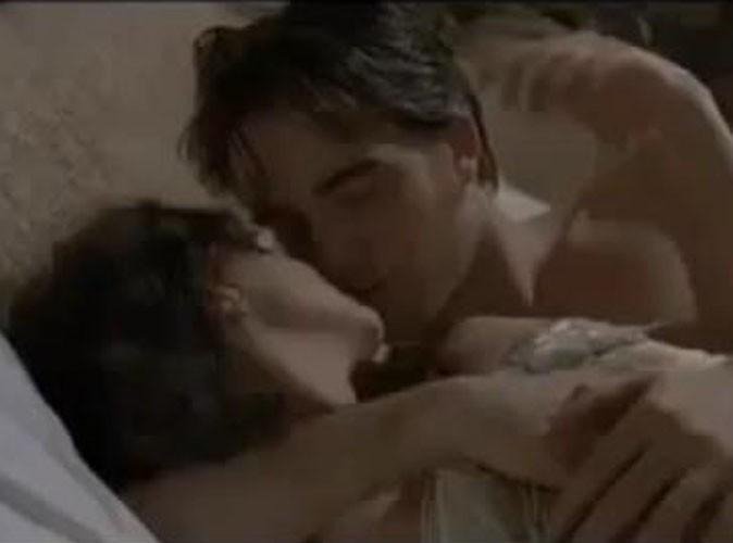 Vidéo : Robert Pattinson les met toutes dans son lit dans le trailer de Bel-Ami !