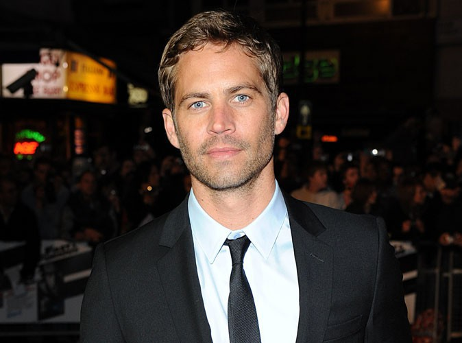 Mort de Paul Walker : les images du crash et de la voiture en flamme...