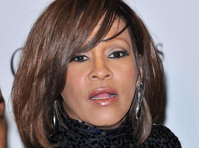 Whitney Houston : la diva a replongé dans la drogue, elle retourne en rehab !