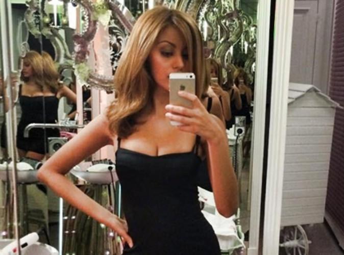 Zahia Dehar fait sa belle en postant un selfie!